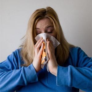 8 Tips om te slapen met een verkoudheid