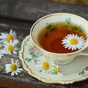 Deze 6 theesoorten stimuleren een goede nachtrust