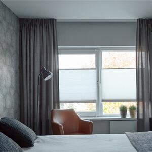 verduisteren slaapkamer met raamdecoratie
